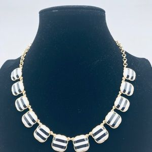 Talbots Necklace new without tags
